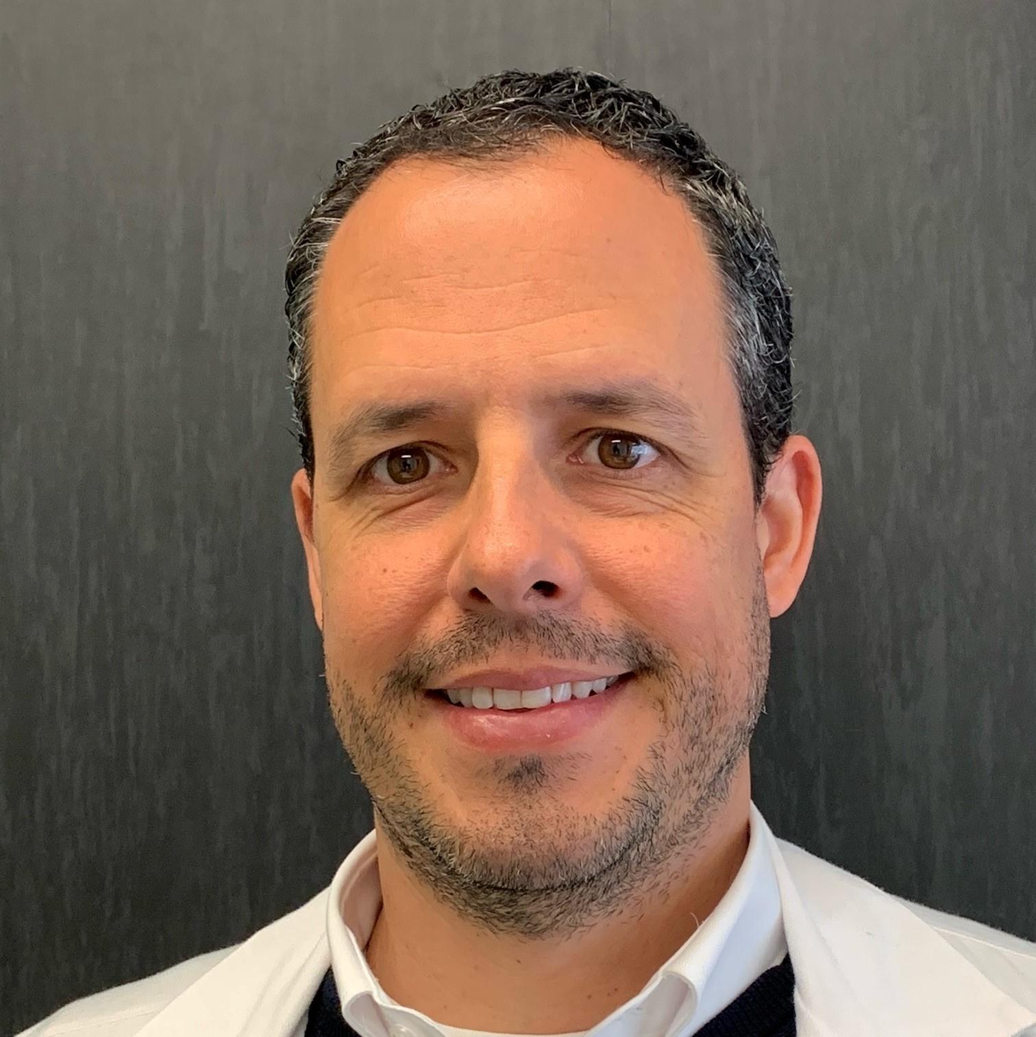 Dr. Óscar Torregrosa Suau
